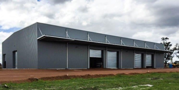 Commercial and Industrial Waste Sorting Facility building